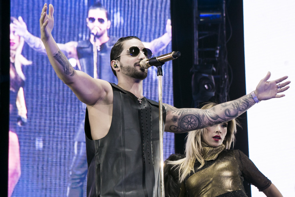 Mira A Quién Homenajeó Maluma Con Su Más Reciente Tatuaje E News