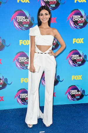 2017 Teen Choice Awards, Victoria Justice