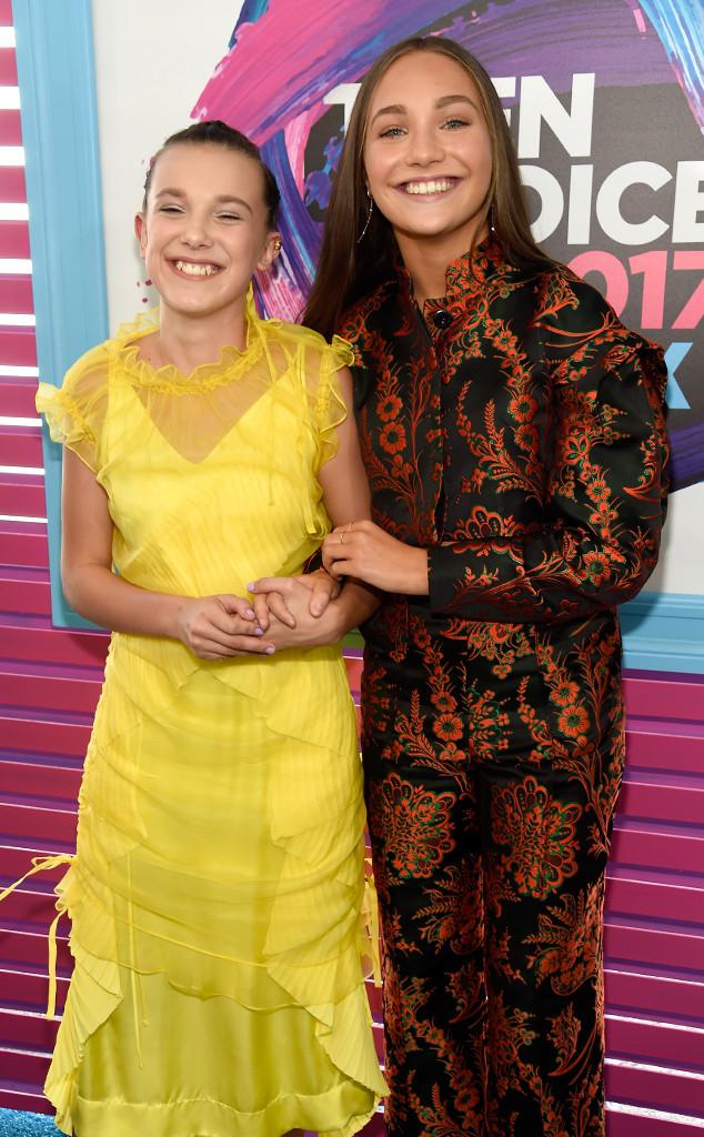 Millie Bobby Brown, Maddie Ziegler, Teen Choice Awards 2017