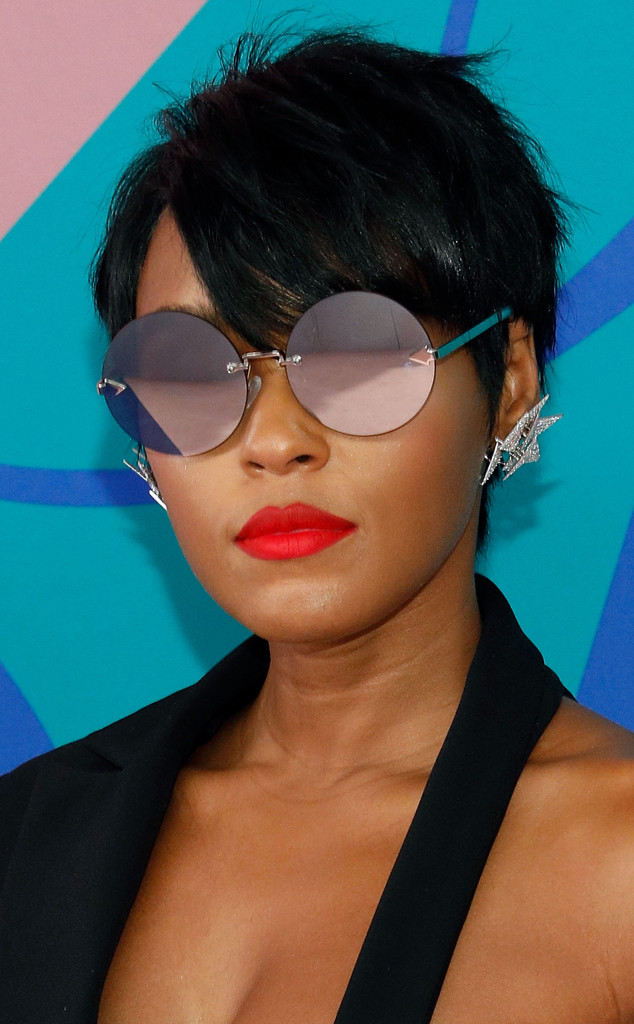 Short Hair Inspiration This Way The Best Celebrity Cuts E Online