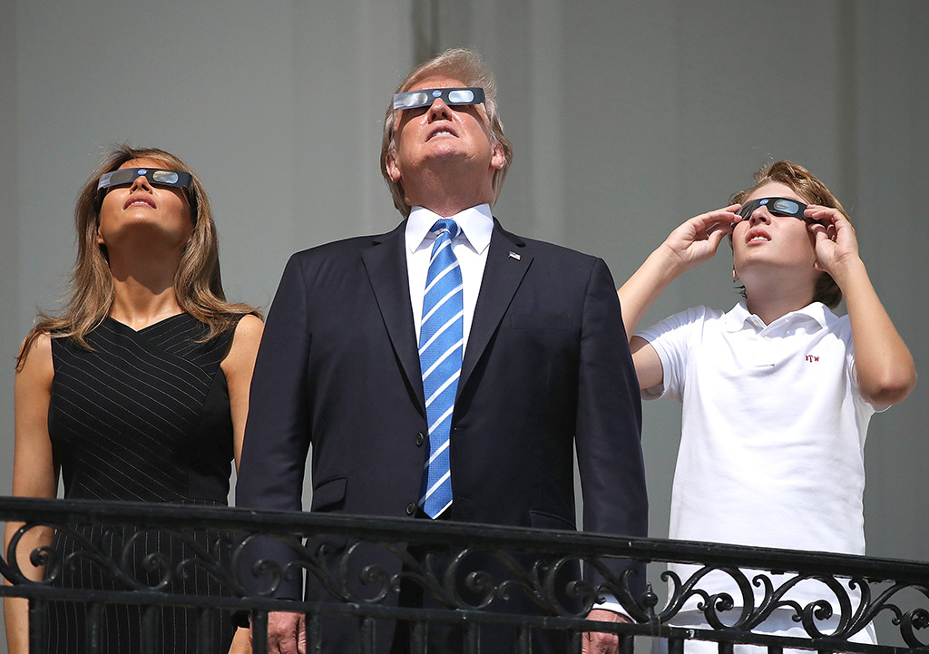 Donald Trump, Melania Trump, Barron Trump, Eclipse