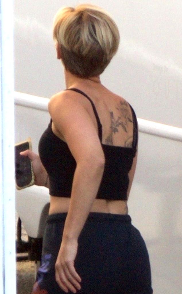 Scarlett Johansson, Tattoo