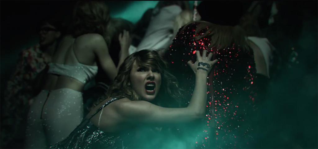 Taylor Swift encontra suas várias versões em bastidores do clipe de LWYMMD