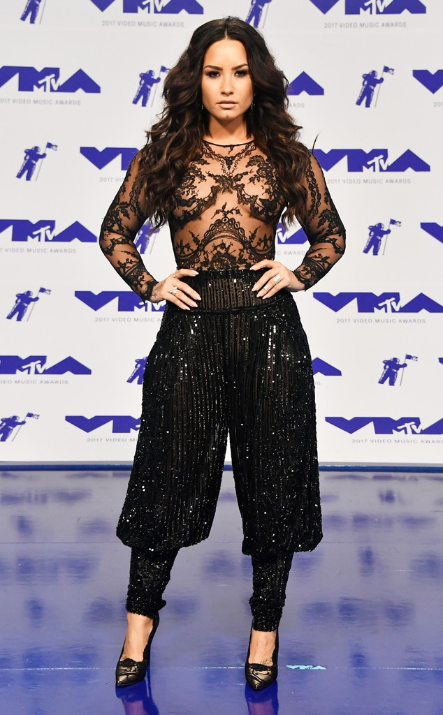 Demi Lovato, MTV Video Music Awards 2017
