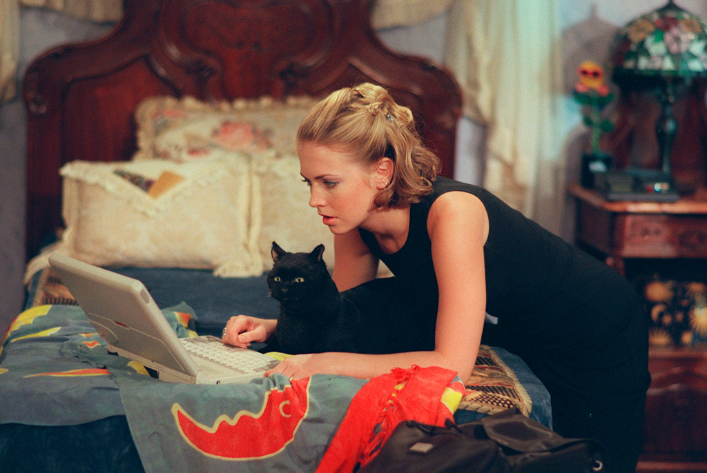 Sabrina, the Teenage Witch Bedroom