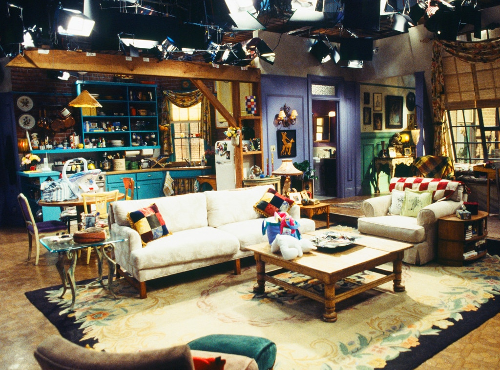 Friends from set designs of iconic tv shows e news - Show kitchen designs ...
