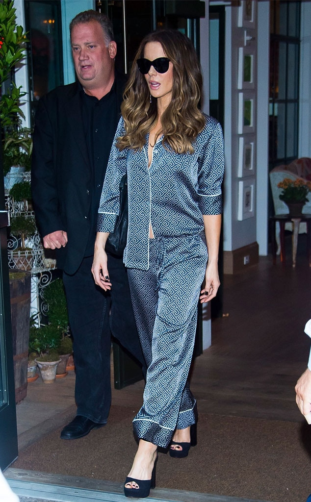 Kate Beckinsale Sexy Pics