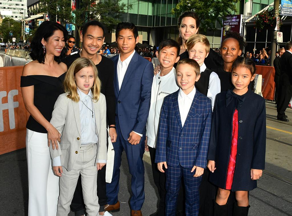 Loung Ung, Vivienne Jolie-Pitt, Maddox Jolie-Pitt, Pax Jolie-Pitt, Kimhak Mun, Knox Jolie-Pitt, Shiloh Jolie-Pitt, Angelina Jolie, Zaha
