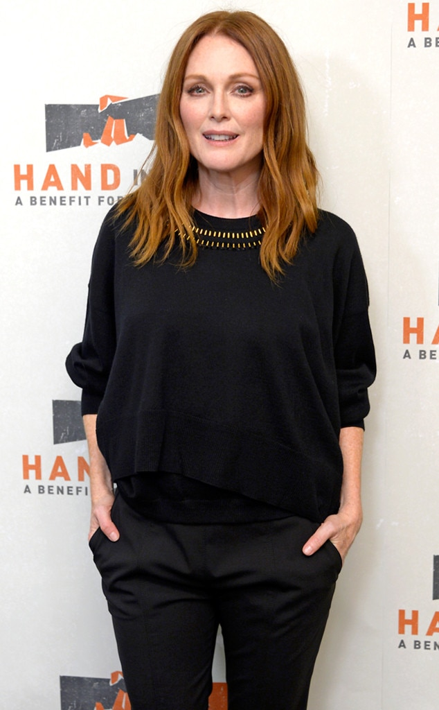 Julianne Moore, Hand in Hand: A Benefit for Hurricane Relief