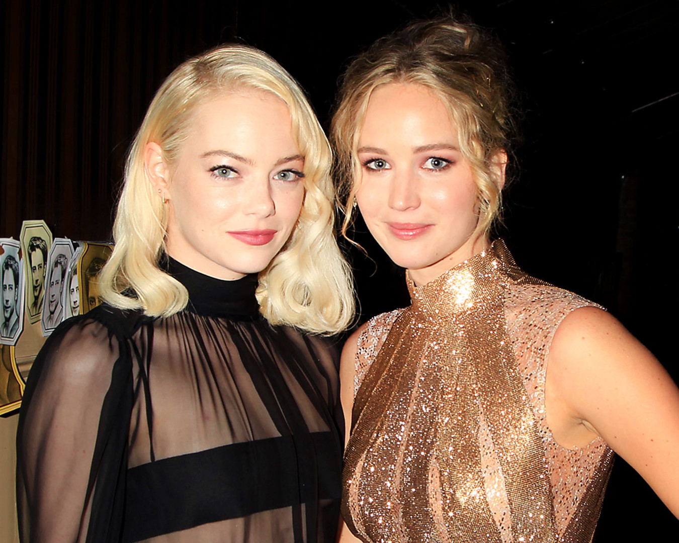 ESC: Emma Stone, Jennifer Lawrence