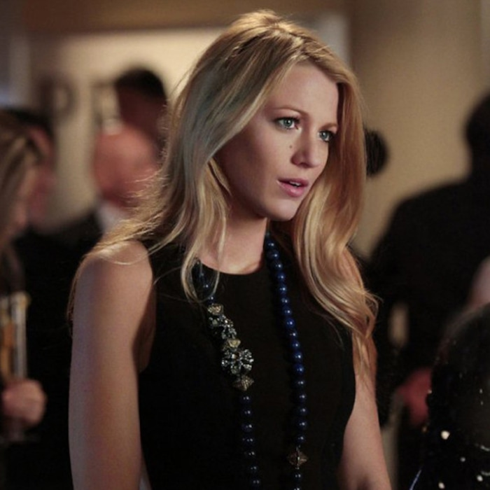 7010dc9fa10 Gossip Girl Turns 10! Look Back on Blake Lively s Best Looks Ever as Serena  van der Woodsen