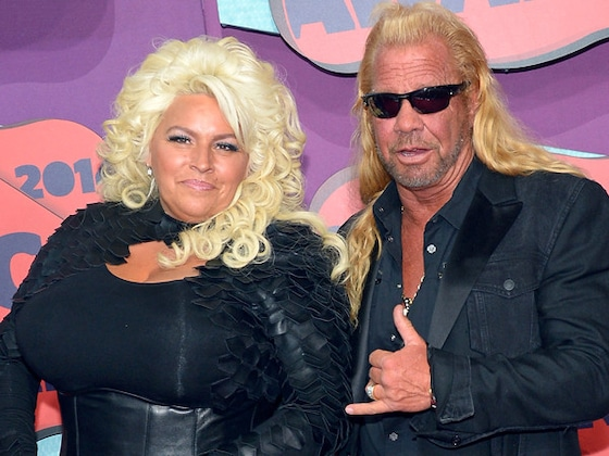 Dog the Bounty Hunter Shares Heartbreaking Photo of Beth Chapman In Hospital Bed Amid Coma