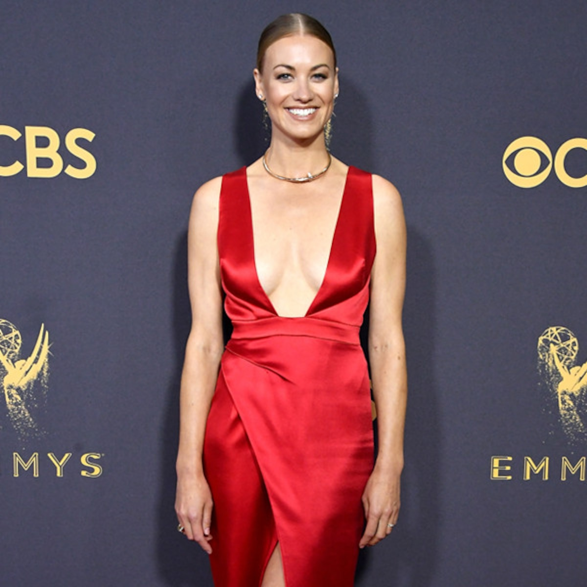 Yvonne Strahovski Is Married Star Introduces Her Husband At Emmys E Online We ended up jumping in the lake in our suit and gown, it was ridiculously hot. yvonne strahovski is married star