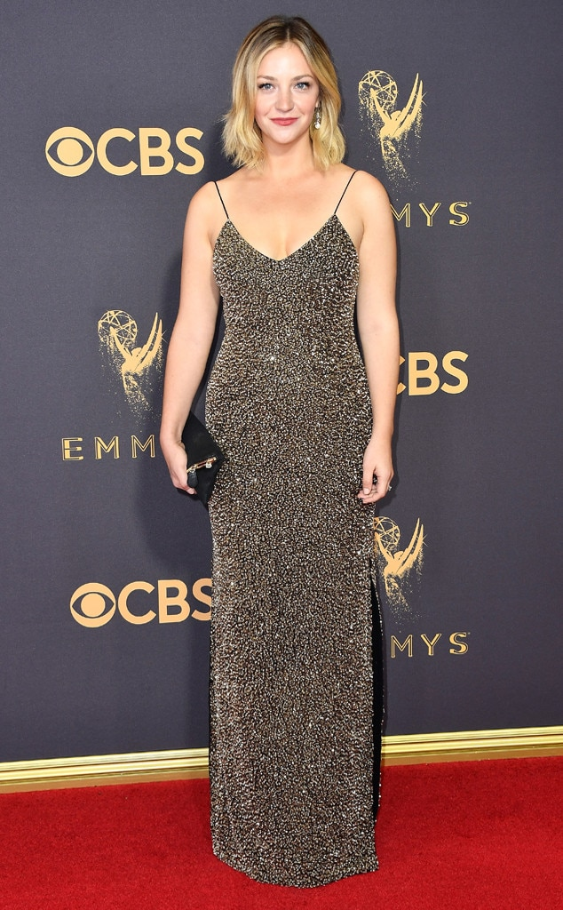 6. Abby Elliott from All the Silver Gowns at the 2017 Emmys, Ranked ...