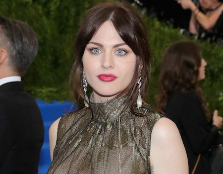 Frances Bean Cobain Shares Her Story Of Addiction And