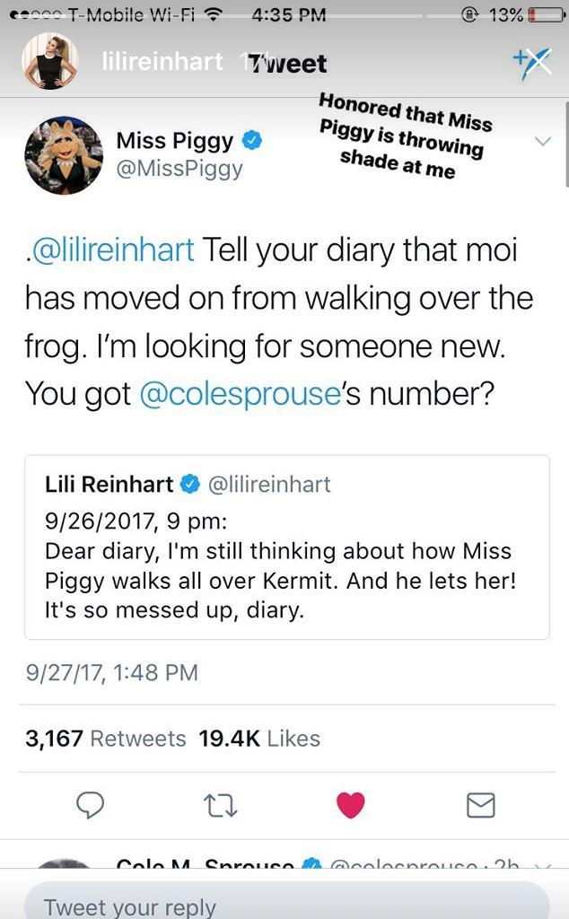 Lili Reinhart, Miss Piggy, Twitter Feud