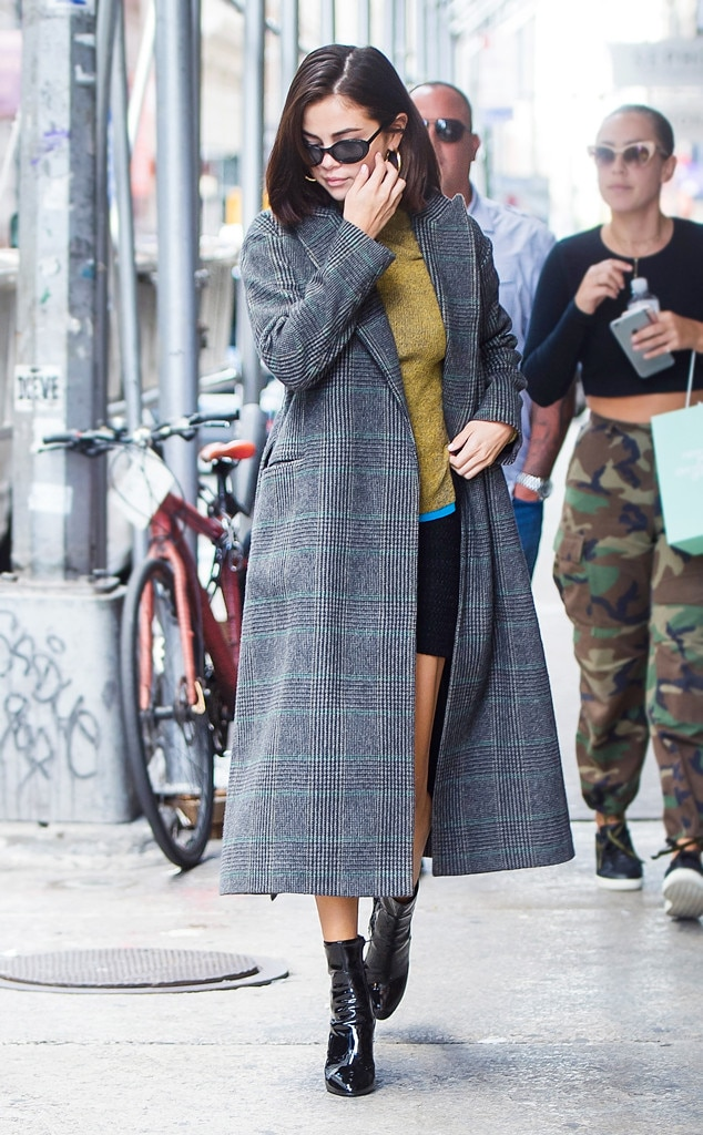 Selena Gomez From Best Celeb Street Style From Nyfw Spring 2018 E News