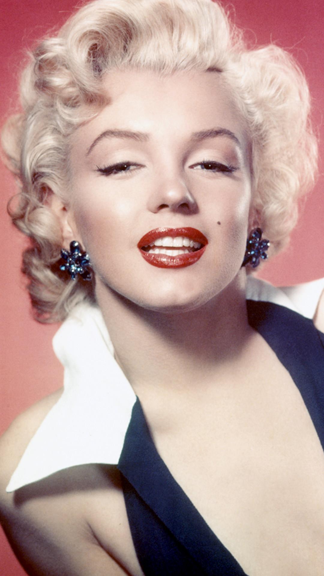 ESC: Hollywood Glam, Halloween E!ssentials, Marilyn Monroe