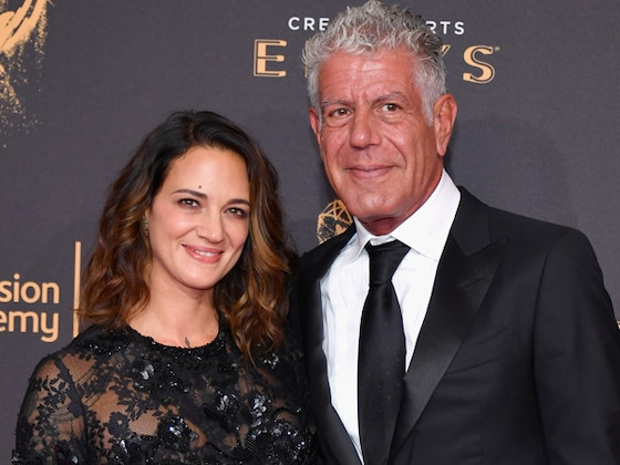 Asia Argento Shares a New Photo of Anthony Bourdain 2 Weeks After His Death