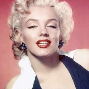 ESC: Hollywood Glam, Halloween E!ssentials, Marilyn Monroe