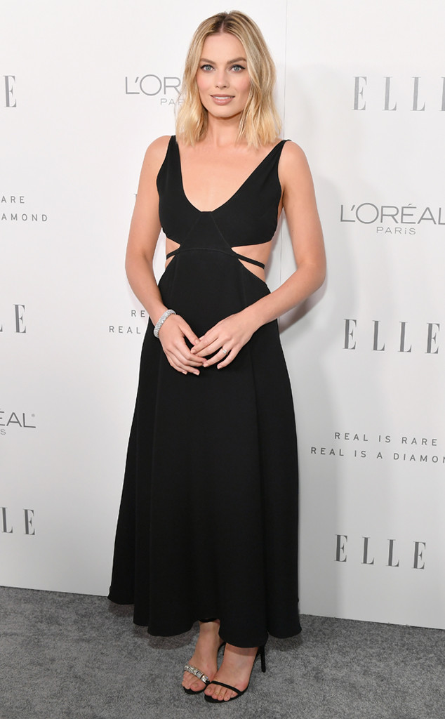 6f3a5c470ef13 Why Margot Robbie's Red Carpet Style Is Generating Major Buzz | E ...