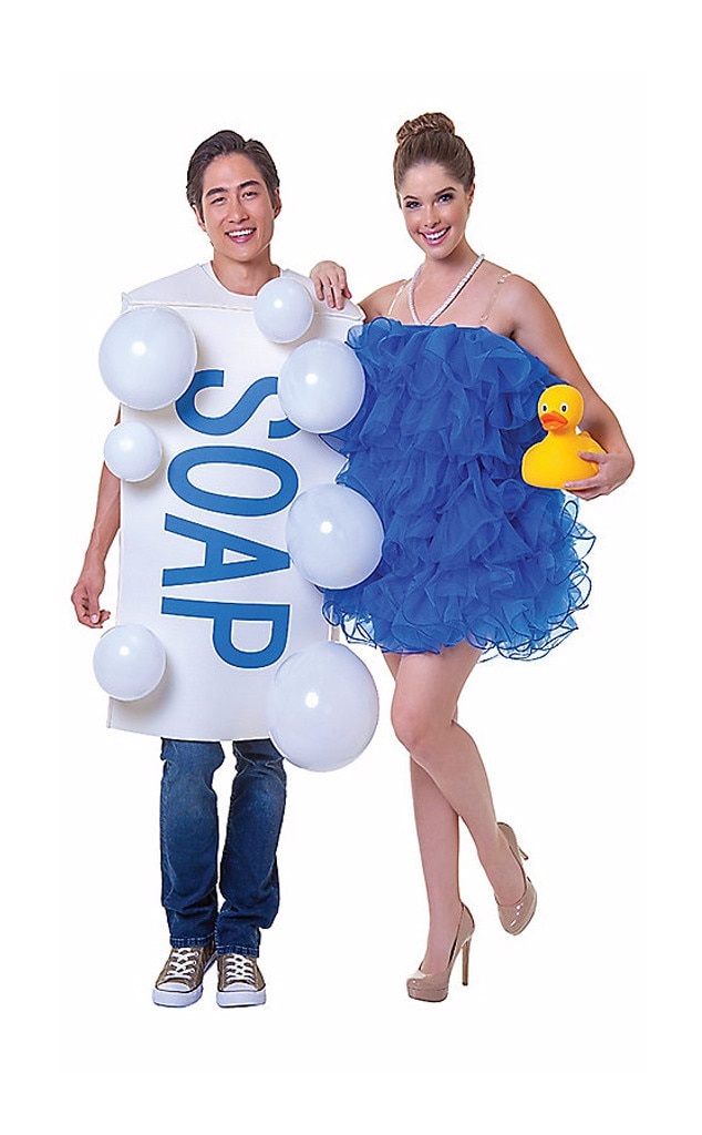 Couples Halloween Costume Ideas.Soap Loofah From 31 Genius Couples Halloween Costume Ideas E News