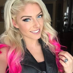Alexa Bliss, Instagram