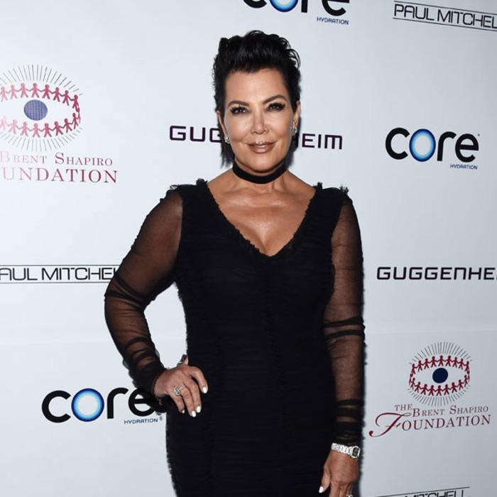 Omg Kris Jenner Copies Kim Kardashian And Debuts A Platinum Blond