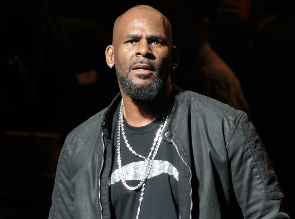 r kelly - photo #1