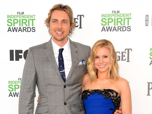 Why Kristen Bell Vapes Weed Around Dax Shepard, Even Though He's Sober