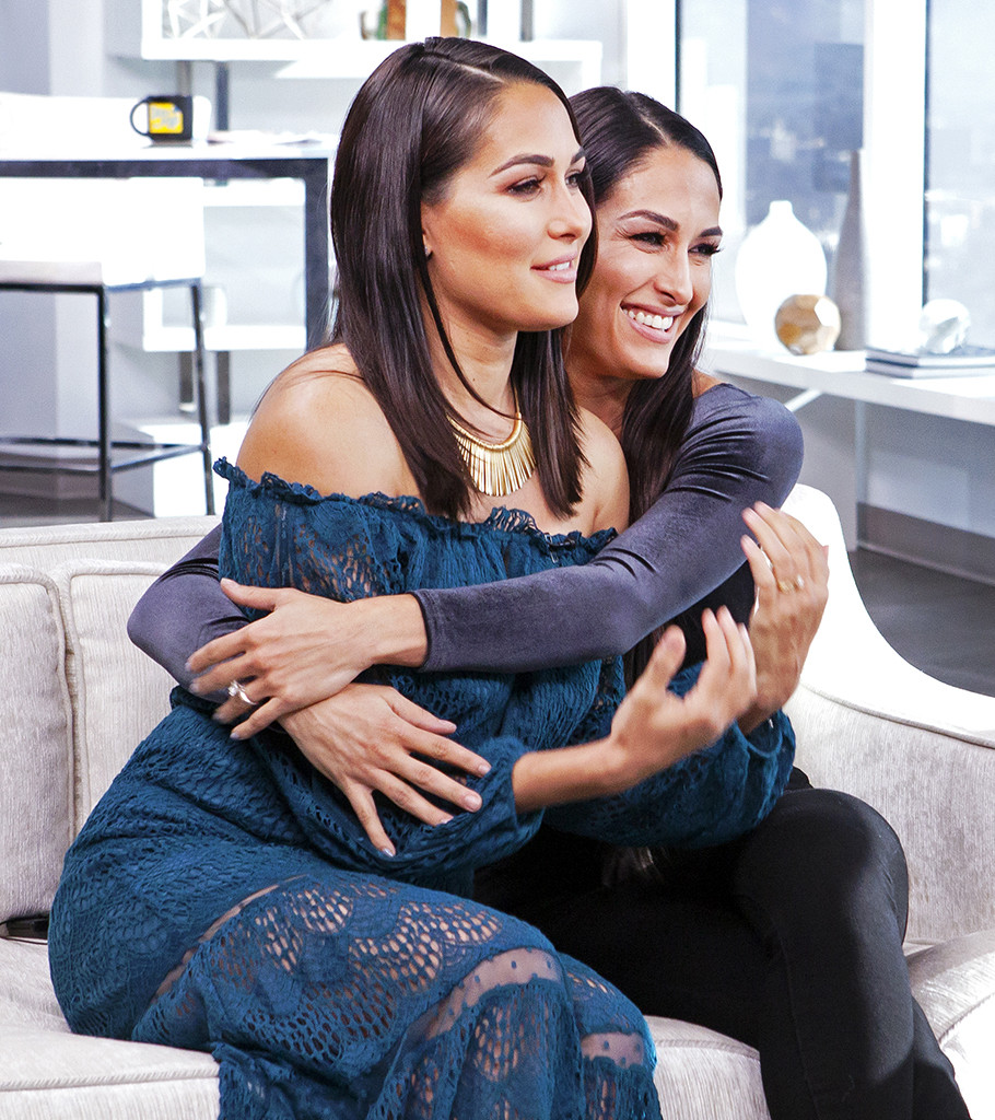 Brie Bella, Nikki Bella, Bella Twins, Daily Pop Celebrity Guests