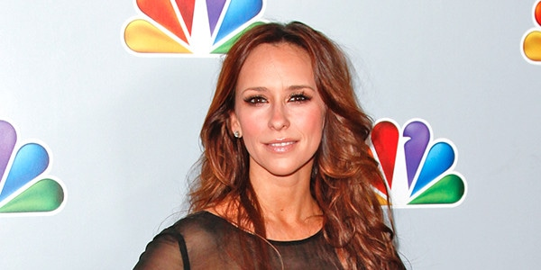 How Jennifer Love Hewitt Left Hollywood To Come Back Stronger Than