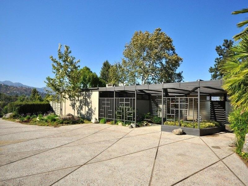 Rachel Bilson, House, Pasadena