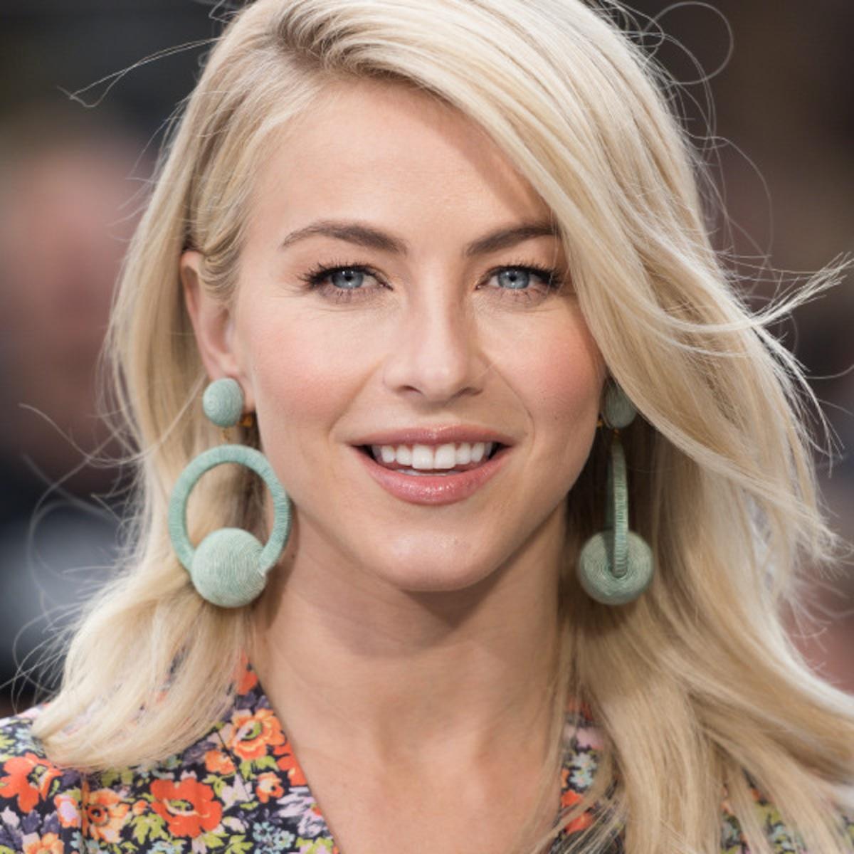 Julianne Hough S Makeup Artist Reveals How To Make Your Eyes Pop E Online