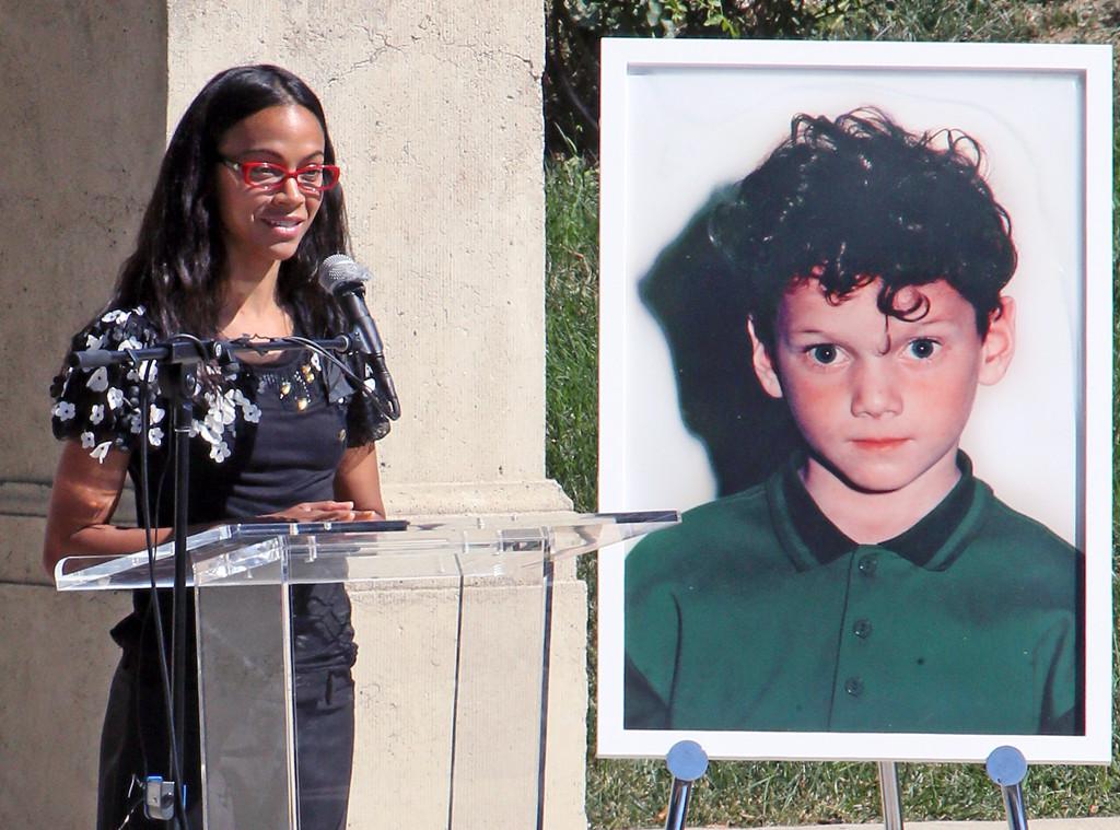 Anton Yelchin, statue, Zoe Saldana, Hollywood Forever Cemetery