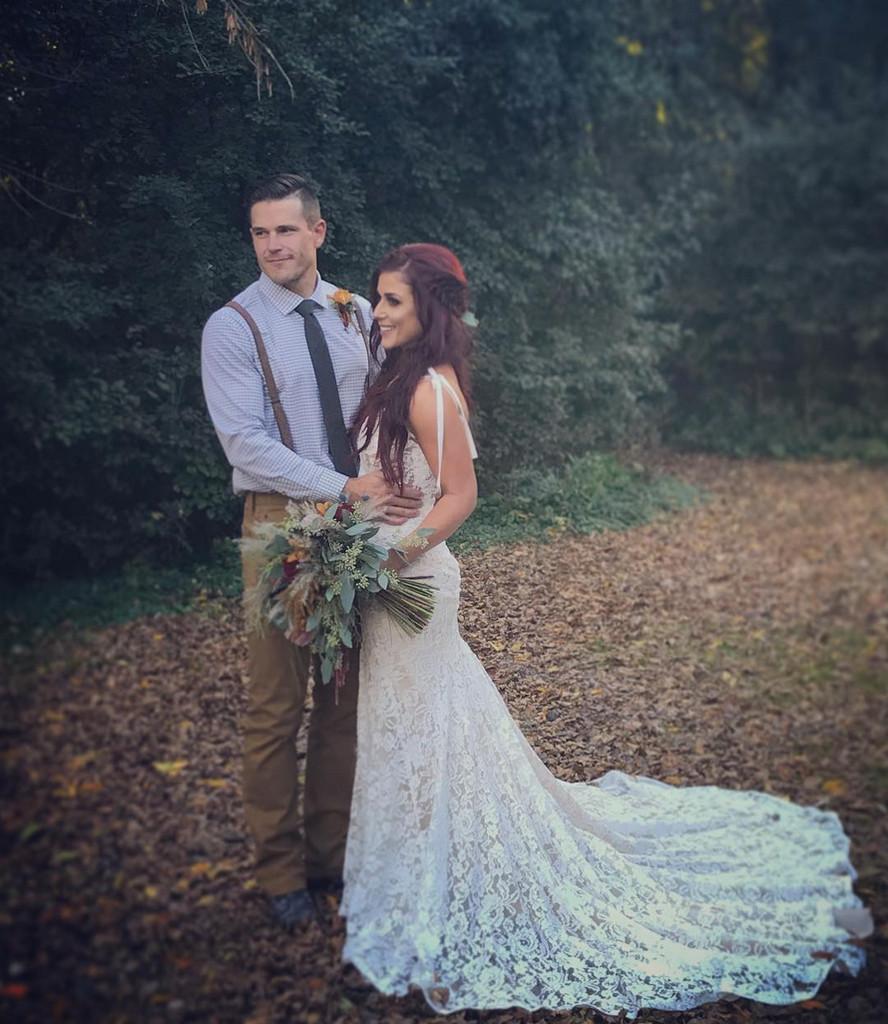 Chelsea Houska Wedding.Teen Mom S Chelsea Houska And Cole Deboer Celebrate Second