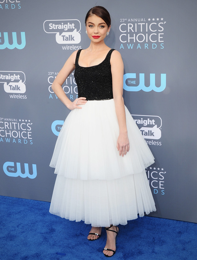 ESC: Sarah Hyland, Critics' Choice Awards