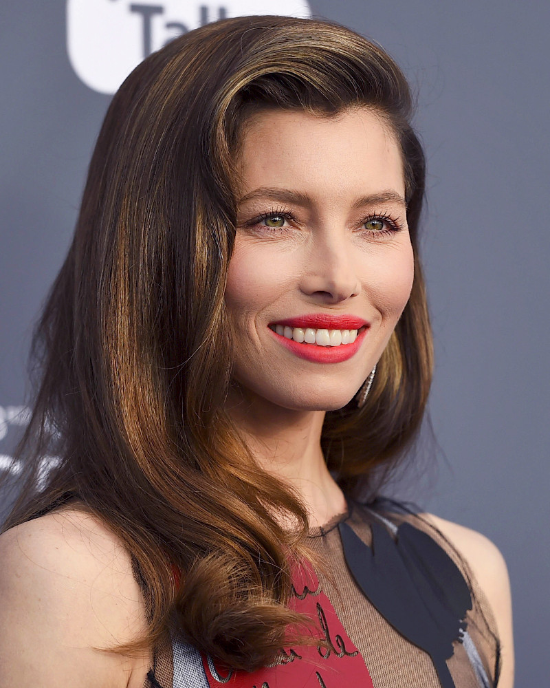 Jessica Biel Channeled a Futuristic Jessica Rabbit at ... Jessica Biel