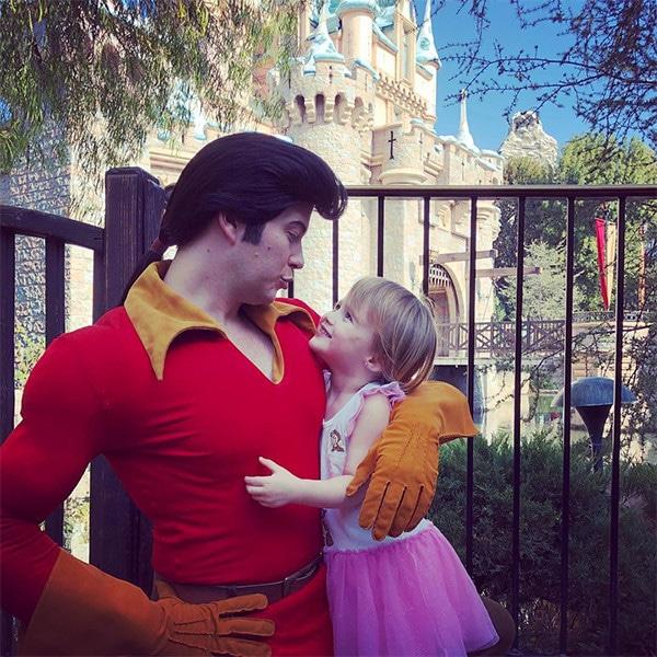 Kelly Clarkson, River Rose Blackstock, Daughter, Disneyland, Gaston