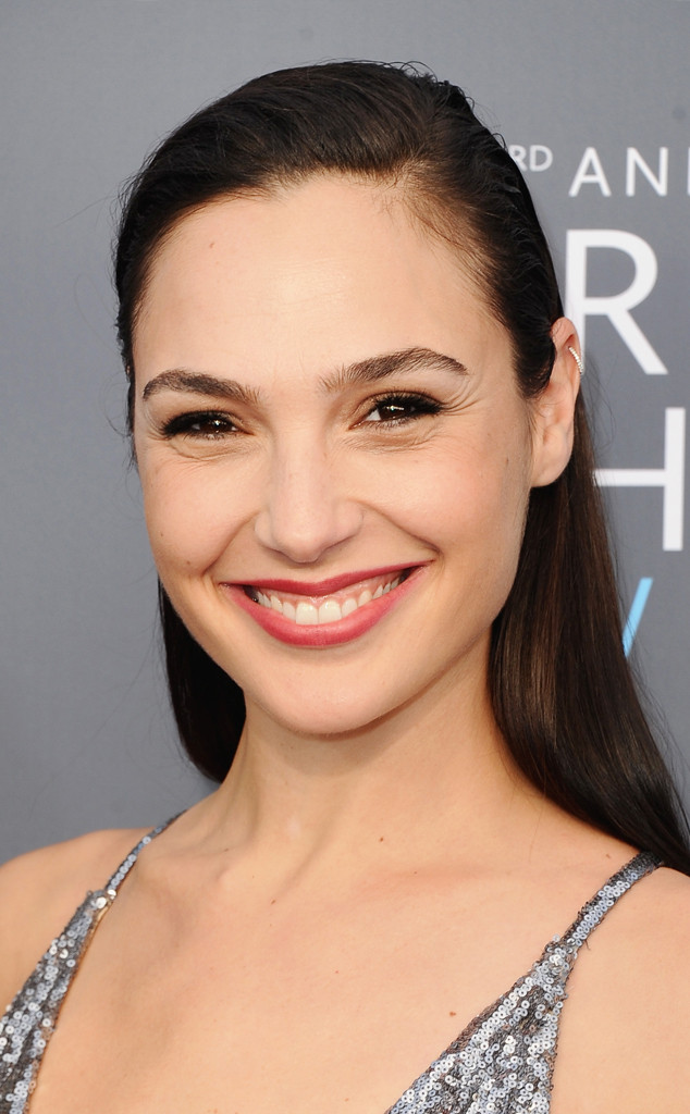 ESC: Drugstore Beauty, Critic's Choice, Gal Gadot