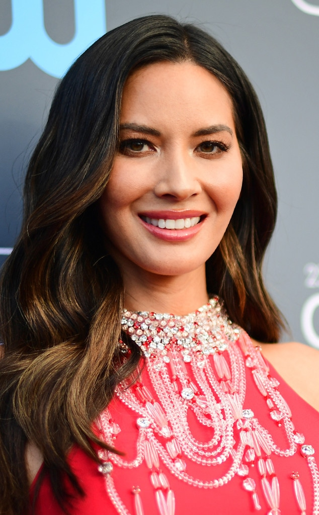 ESC: Critics Choice Beauty Tips, Olivia Munn