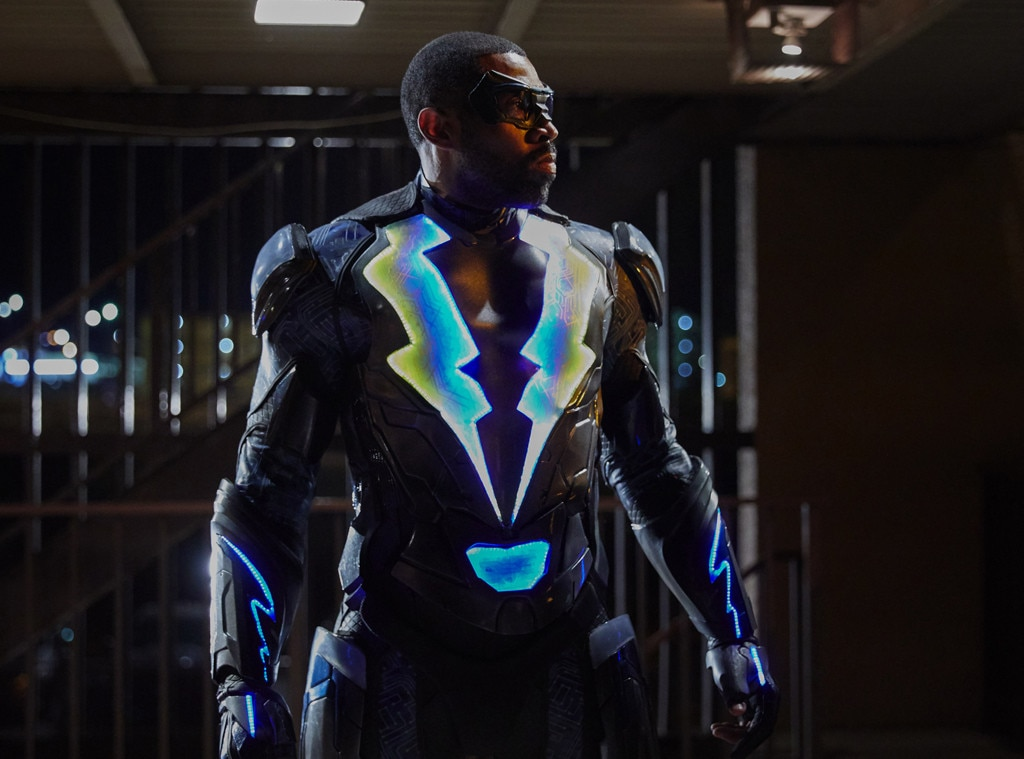 The Cw Adds Batman Black Lightning To Crisis Crossover E Online