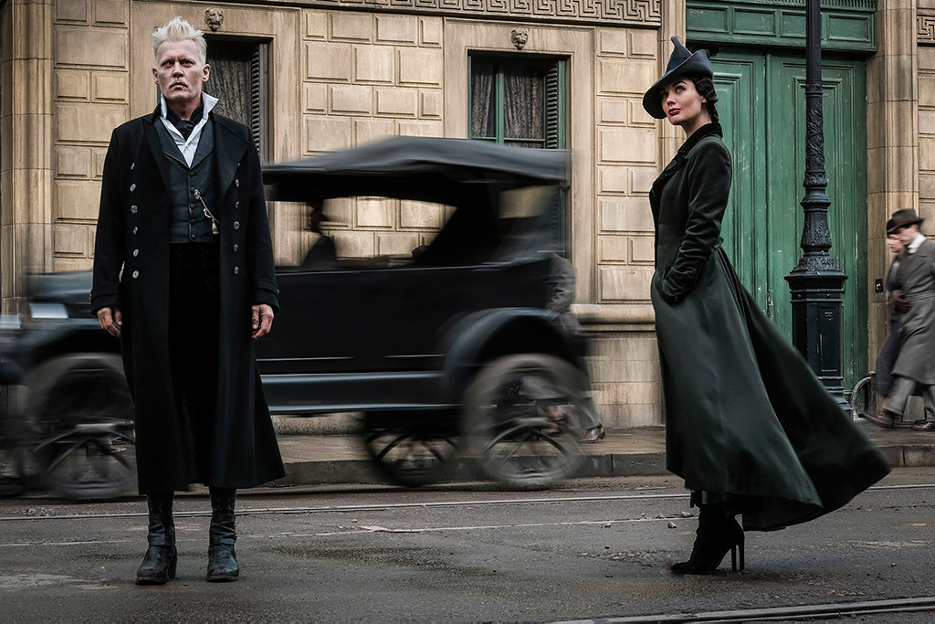 Fantastic Beasts: The Crimes of Grindelwald, Johnny Depp, Poppy Corby-Tuech