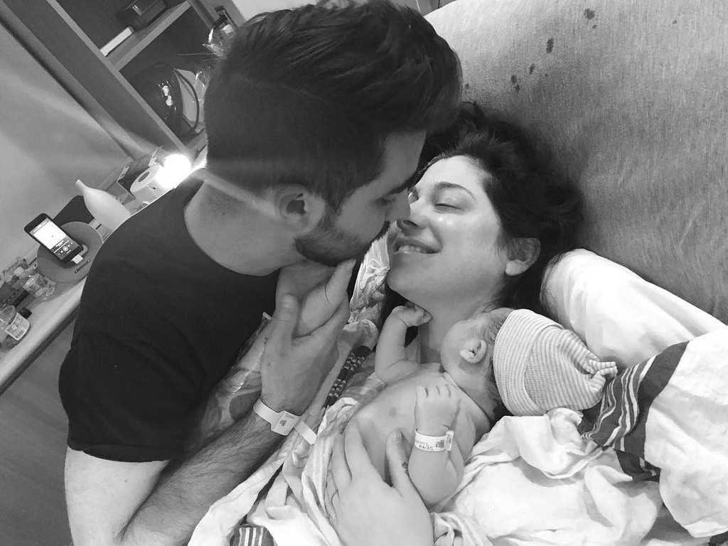 Christina Perri Gives Birth! Singer Welcomes Daughter Carmella With Paul  Costabile