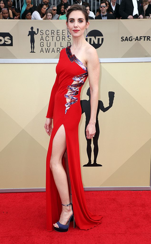 Alison Brie, 2018 SAG Awards, Red Carpet Fashions