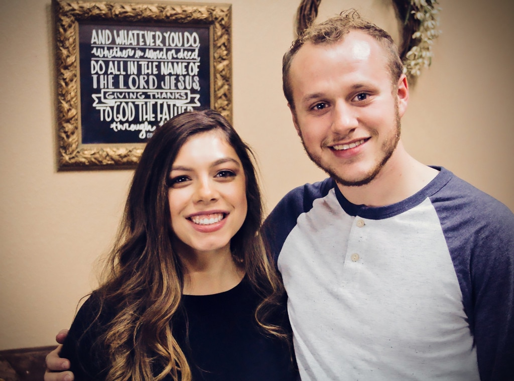 Josiah and Lauren Duggar suffer miscarriage