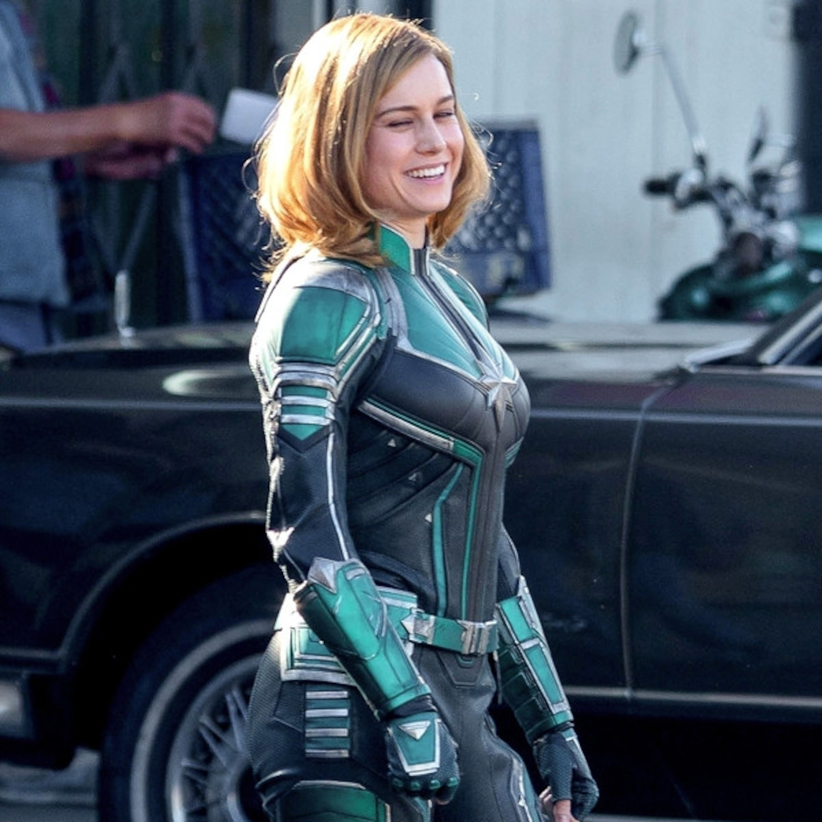 Brie Larson S Captain Marvel Costume Isn T What Fans Expected E Online The black and green color scheme looked very different from the usual red, blue, and yellow that danvers wears in the comic books. brie larson s captain marvel costume