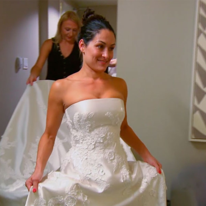 See brie bella surprise nikki with a wedding dress fitting its see brie bella surprise nikki with a wedding dress fitting its made me so excited to marry the man of my dreams on total divas e news canada junglespirit Gallery