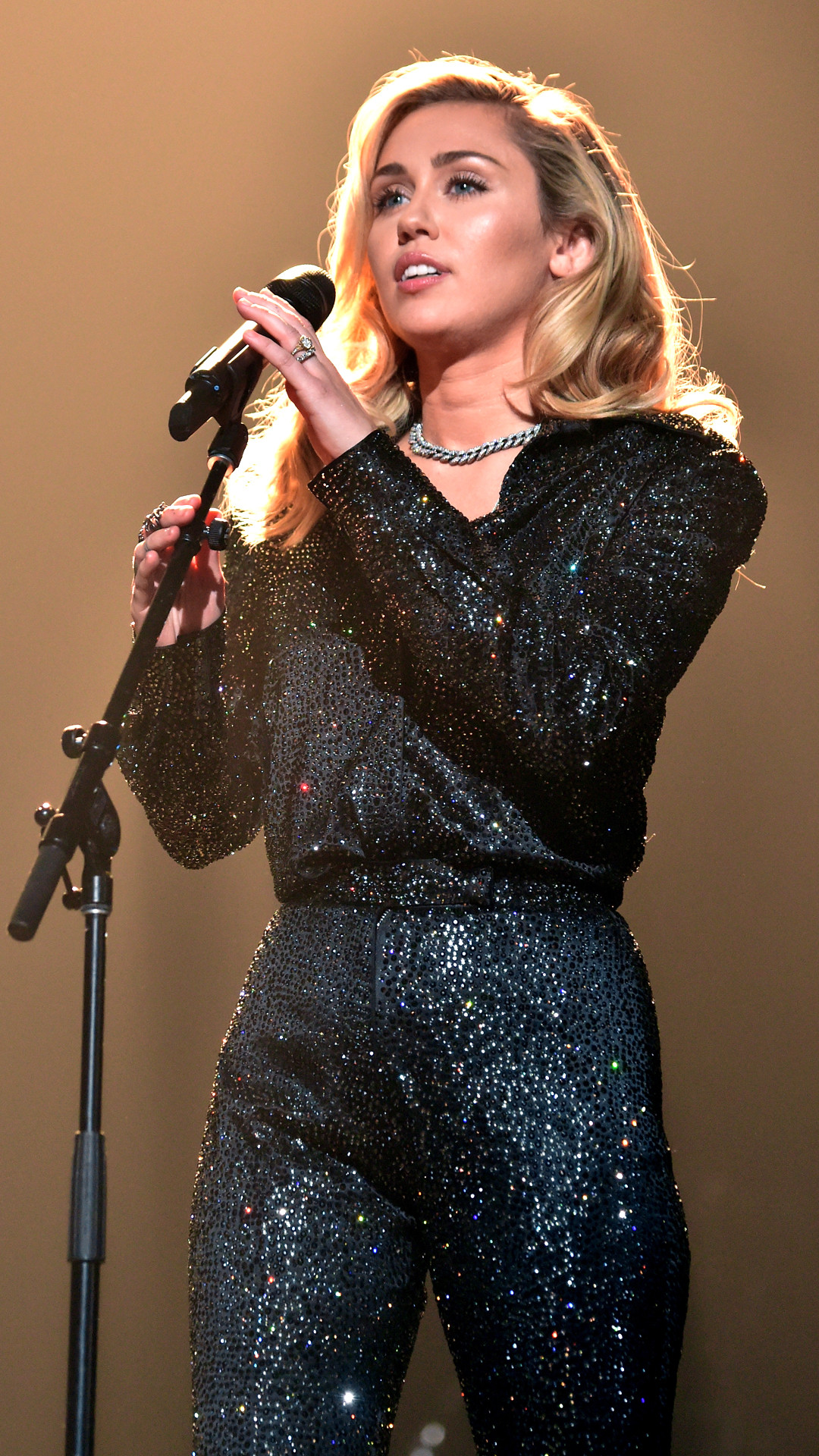 Miley Cyrus, Hillary Clinton, MusiCares Person Of The Year, 2018