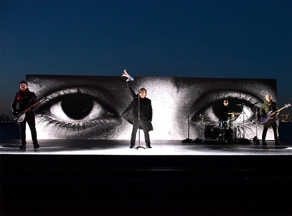 U2, 2018 Grammy Awards, Performances